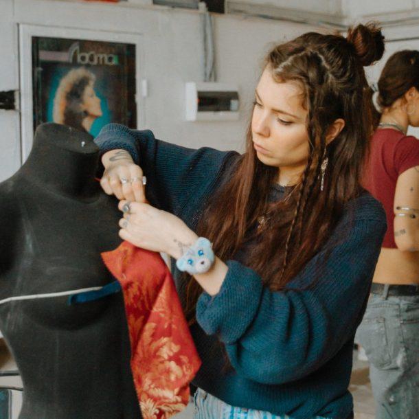 Indépendant designer designing clothes during COVID-19