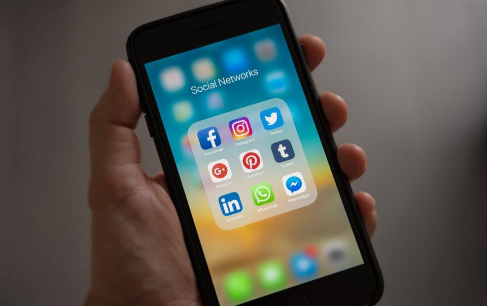 Negative Effects Social Media